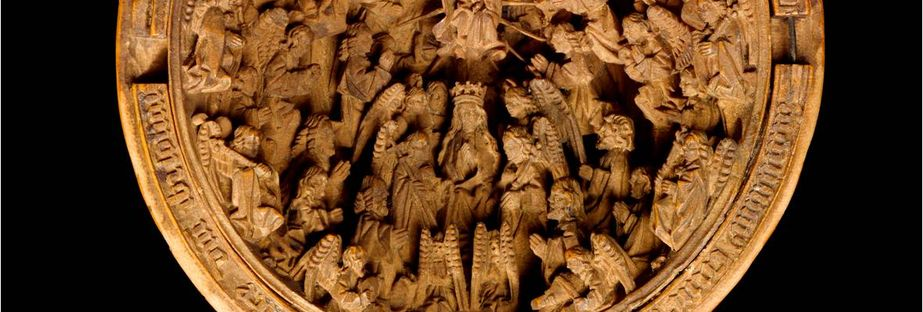 Investigating miniature boxwood carving at the art gallery of